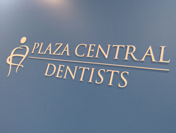 Plaza Central Dentist